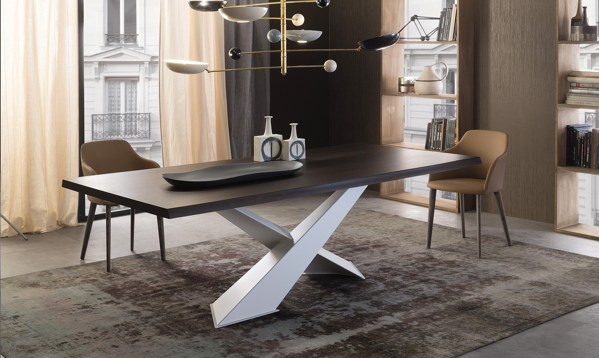 Limited Edition Italian Design dining table SHANGAI by Riflessi-03