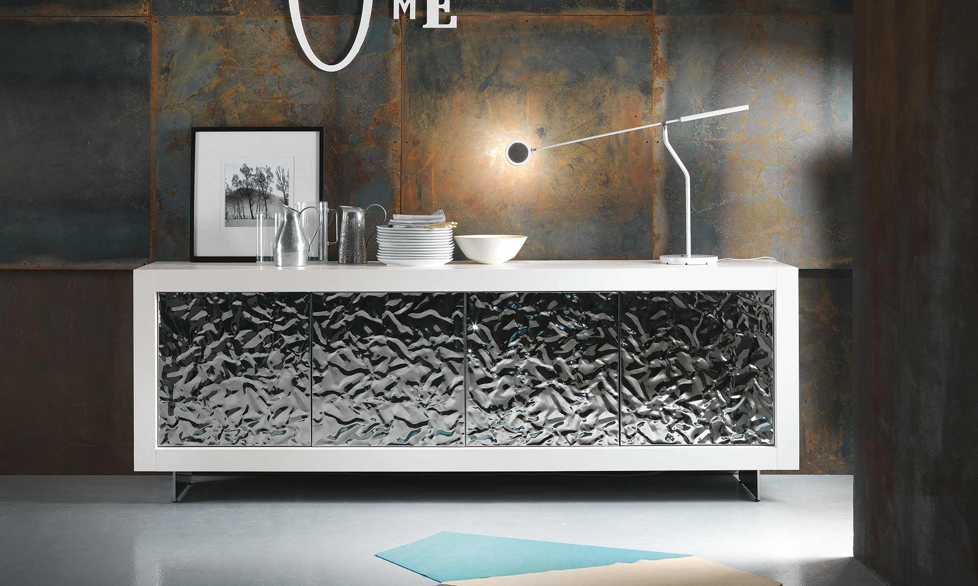 sideboard-picasso-p12-hammered-doors-by-riflessi