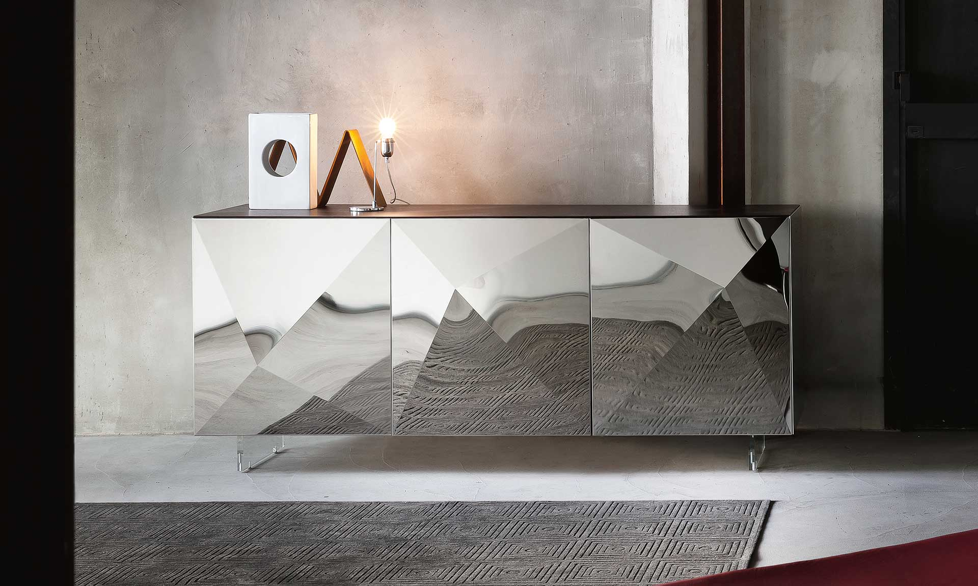 Modern Italian Design sideboard by Riflessi-stainless-sideboard-cubric-riflessi-detail