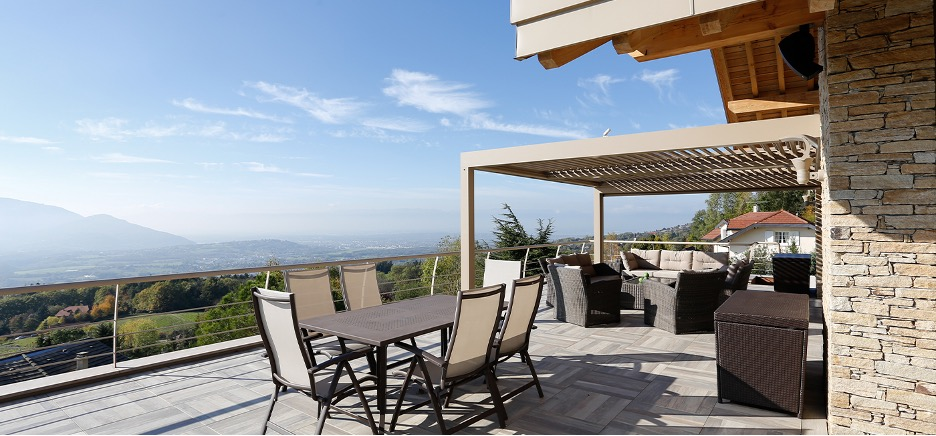 You can see forever in your rooftop pergola.